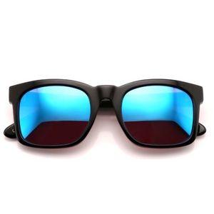 Wildfox Sunglasses: Deluxe Gaudy